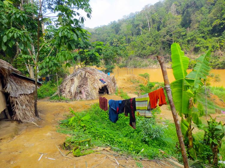 原住民の村
