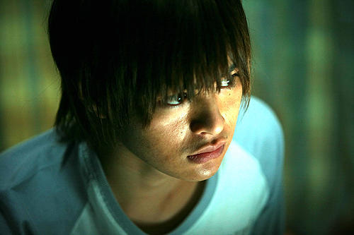 (C)2009東映ビデオ・CELL