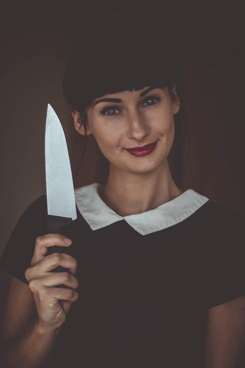 刃物×女性